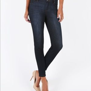 Kut from the Kluth Ellen Jeans